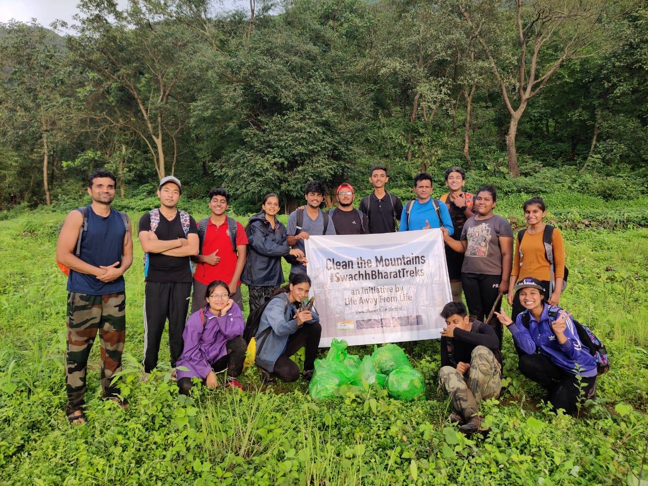 Swachh Bharat Trek – Nakhind ridge near Mumbai